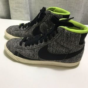 Women's Nike Blazer Mid Textile Shoes 6.5